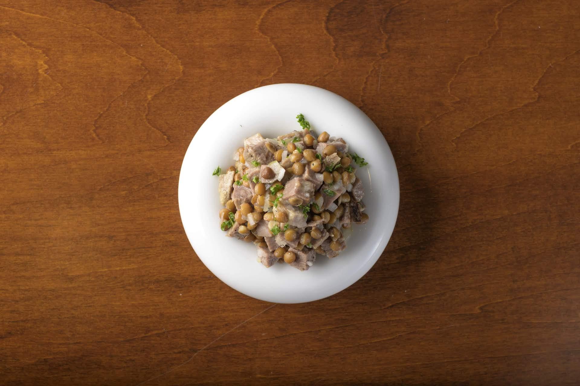 牛タンとレンズ豆のマリネ